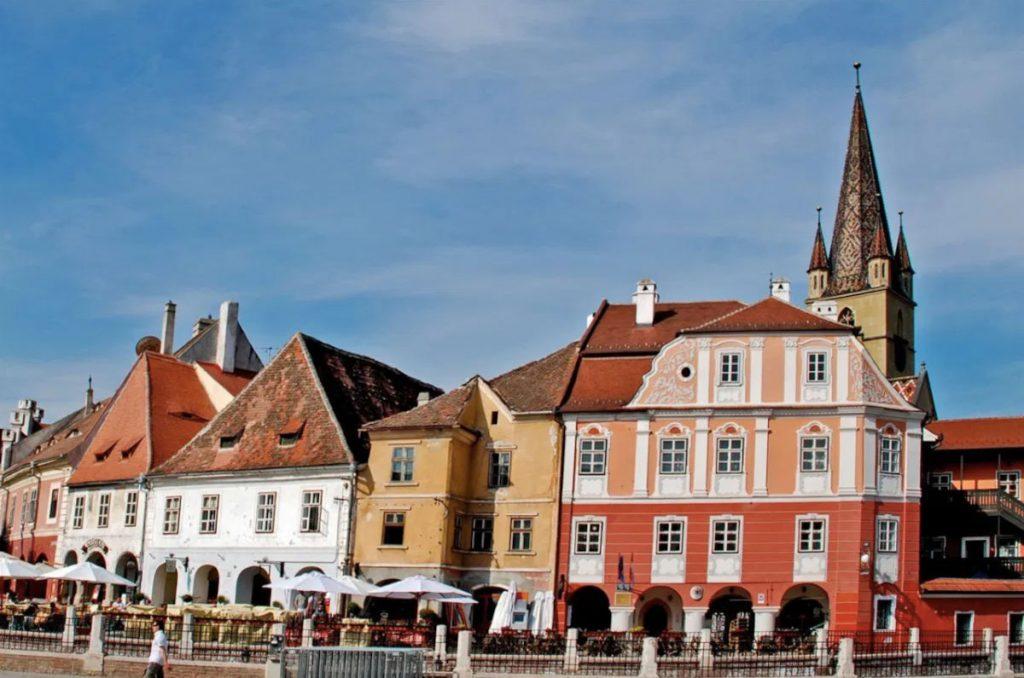 De ce a fost desemnat Sibiul Capitala Culturii Europene?