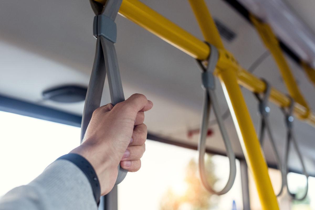8 motive pentru care prefer să merg cu autobuzul
