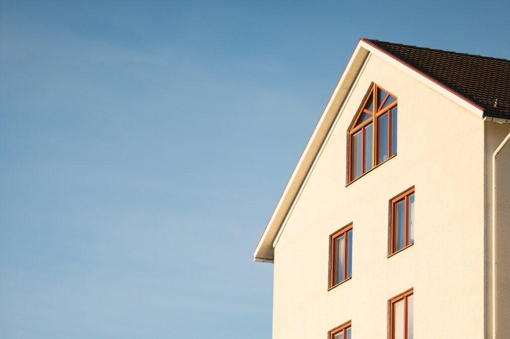 Pandemia de coronavirus duce la o schimbare a tendințelor pieței imobiliare