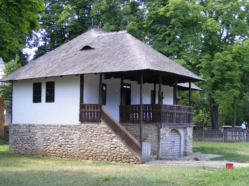 Muzeul Satului, un loc pe care merită să îl vizitezi ori de câte ori ai ocazia